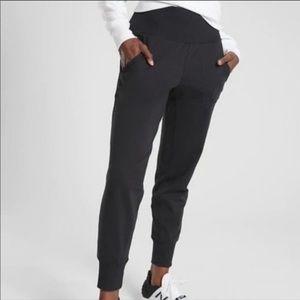 Athleta joggers black XS pockets FA 17 05/17